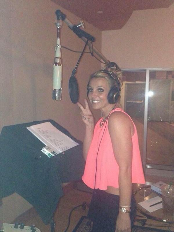 Britney's back in the studio